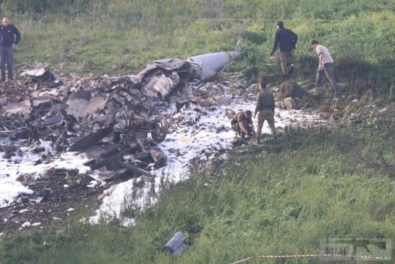 21837 - Обломки сбитого израильского F-16