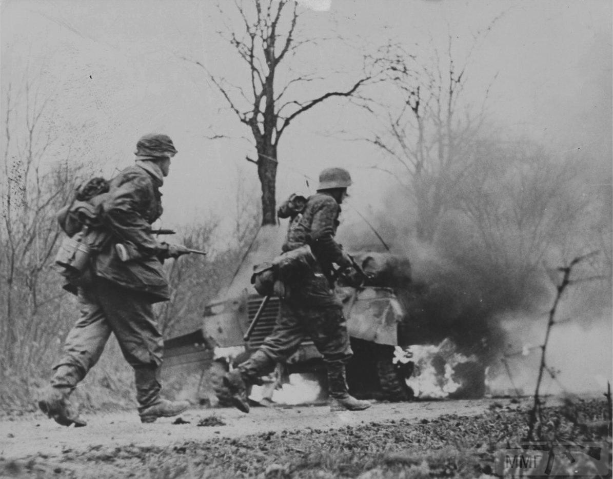 21918 - Военное фото 1939-1945 г.г. Западный фронт и Африка.