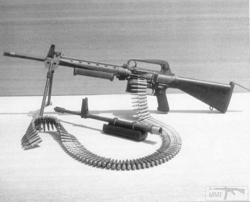 21979 - Семейство Armalite / Colt AR-15 / M16 M16A1 M16A2 M16A3 M16A4