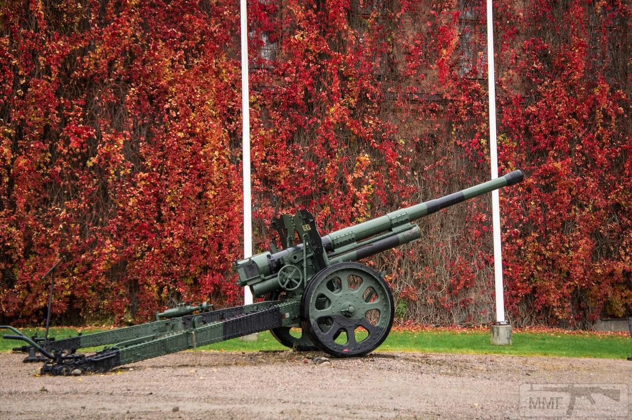 22268 - Контейнеризированный вариант 120-мм миномета NEMO