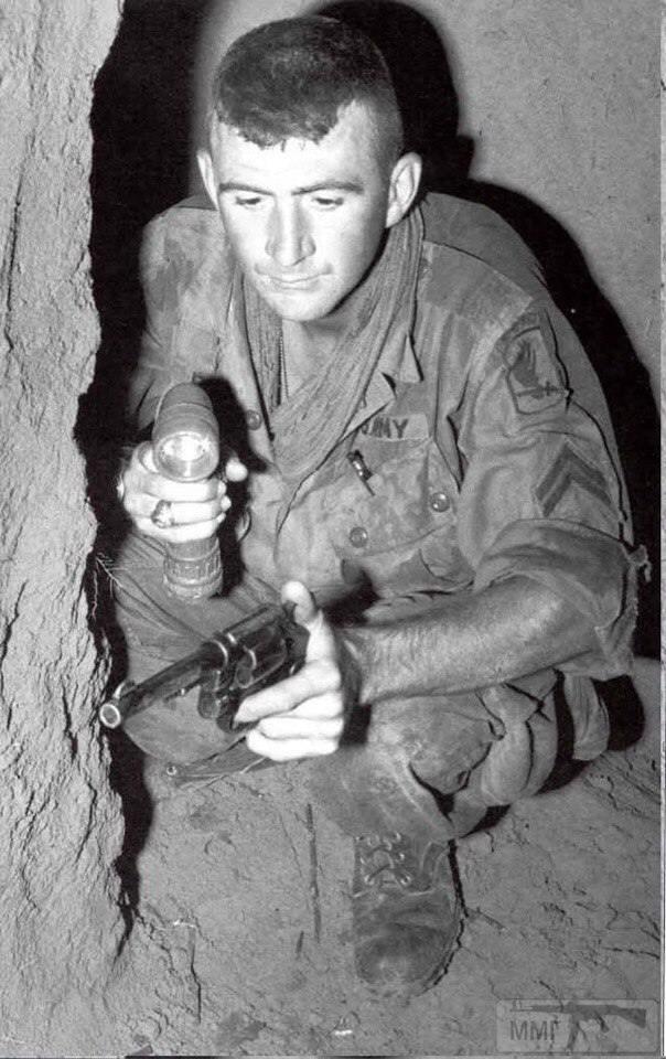 22306 - Сухопутные операции во Вьетнаме