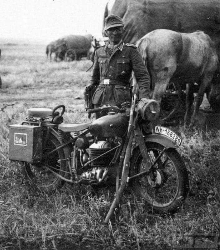 22596 - Военное фото 1941-1945 г.г. Восточный фронт.