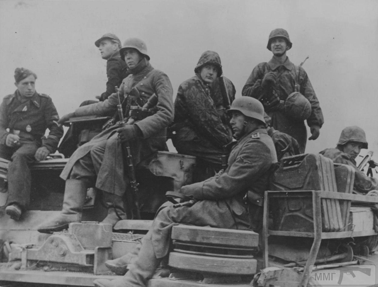 22741 - Военное фото 1941-1945 г.г. Восточный фронт.