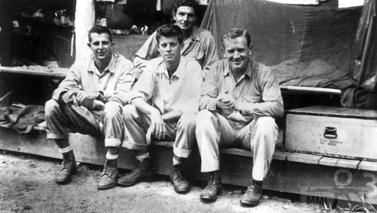 22827 - Военное фото 1941-1945 г.г. Тихий океан.