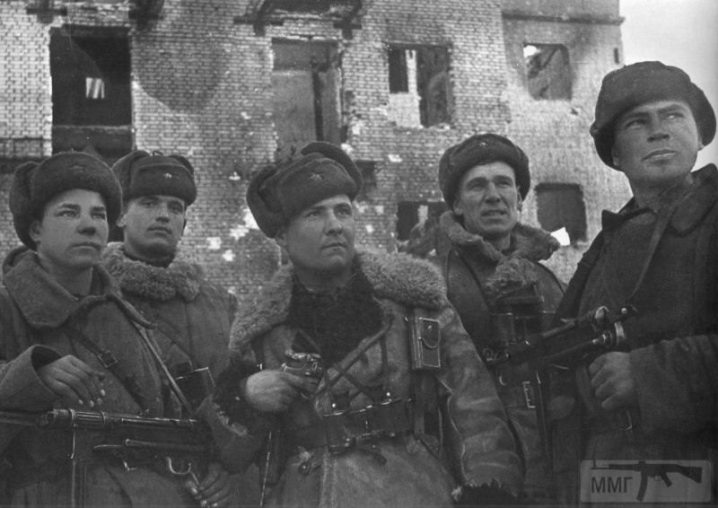 23074 - Военное фото 1941-1945 г.г. Восточный фронт.