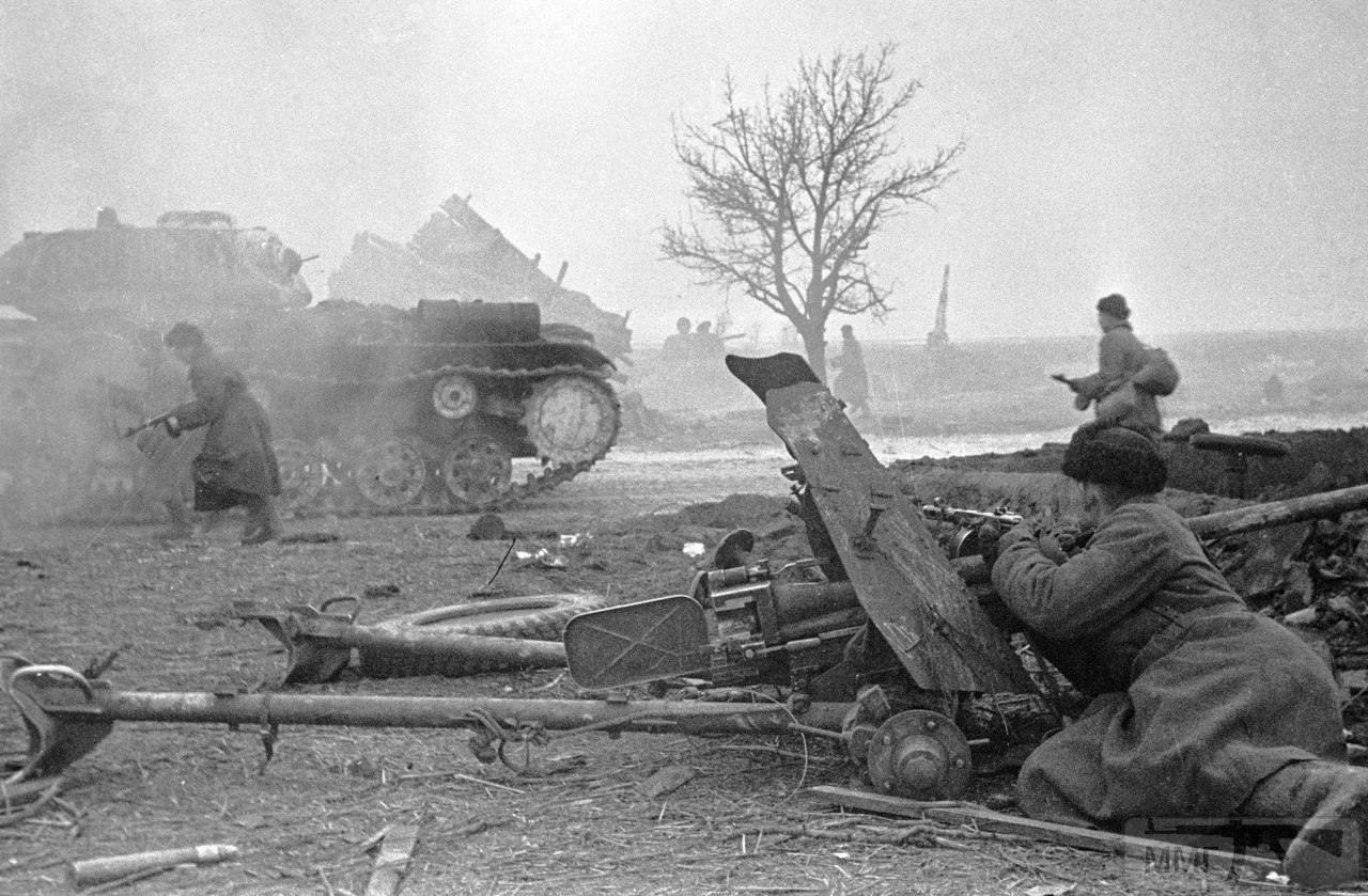 23130 - Военное фото 1941-1945 г.г. Восточный фронт.