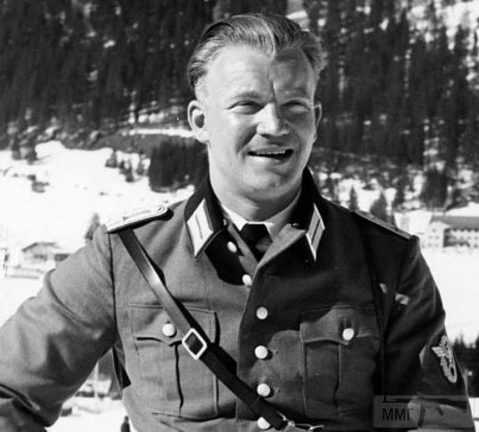 23330 - Военное фото 1941-1945 г.г. Восточный фронт.