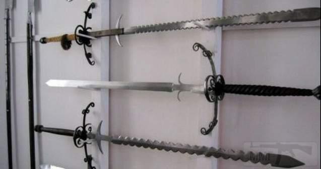 2351 - 5 самых грозных двуручных мечей Средневековья