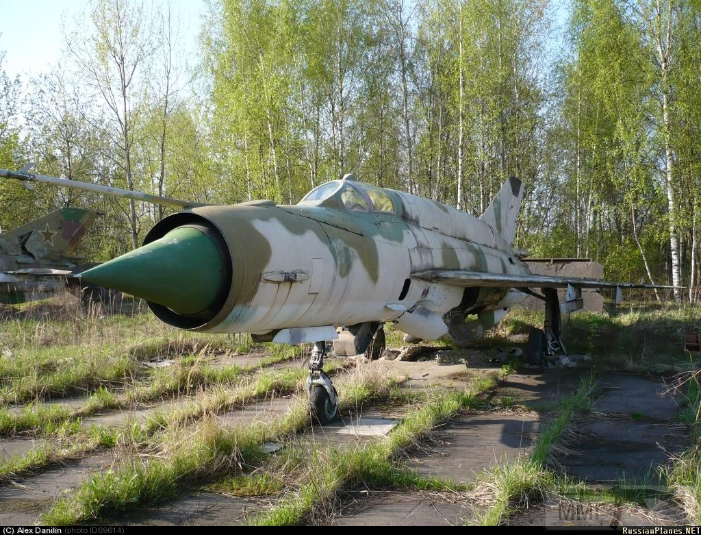 23686 - Последние МиГ-21