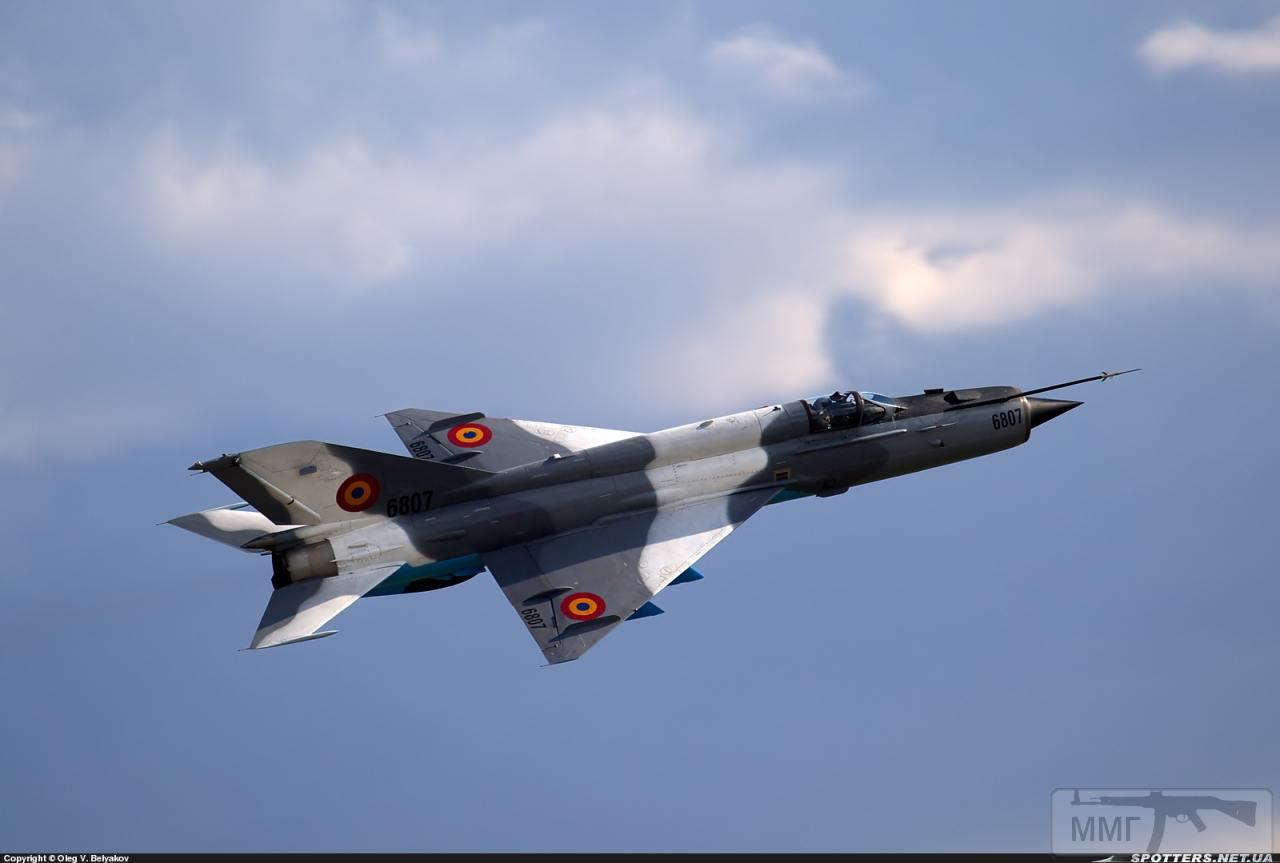 23690 - Последние МиГ-21
