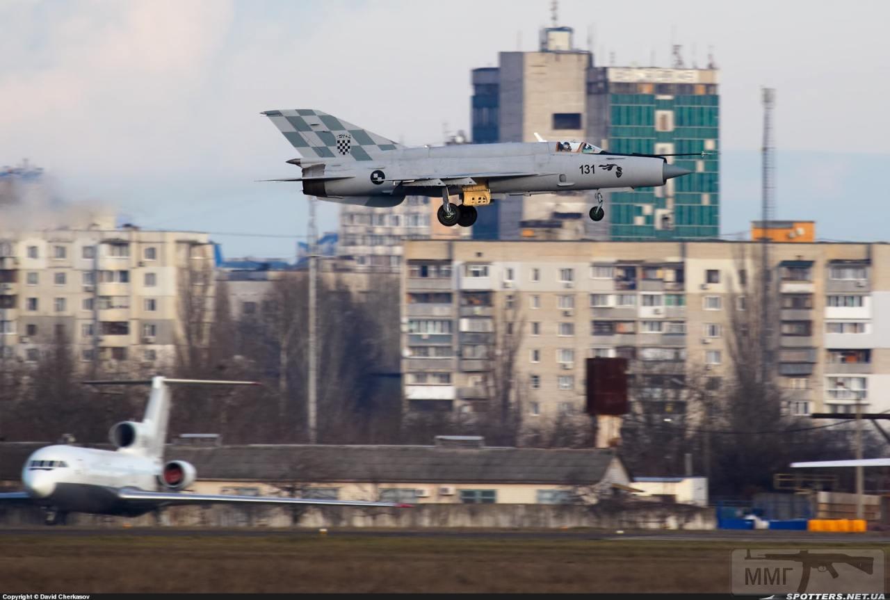 23695 - Последние МиГ-21