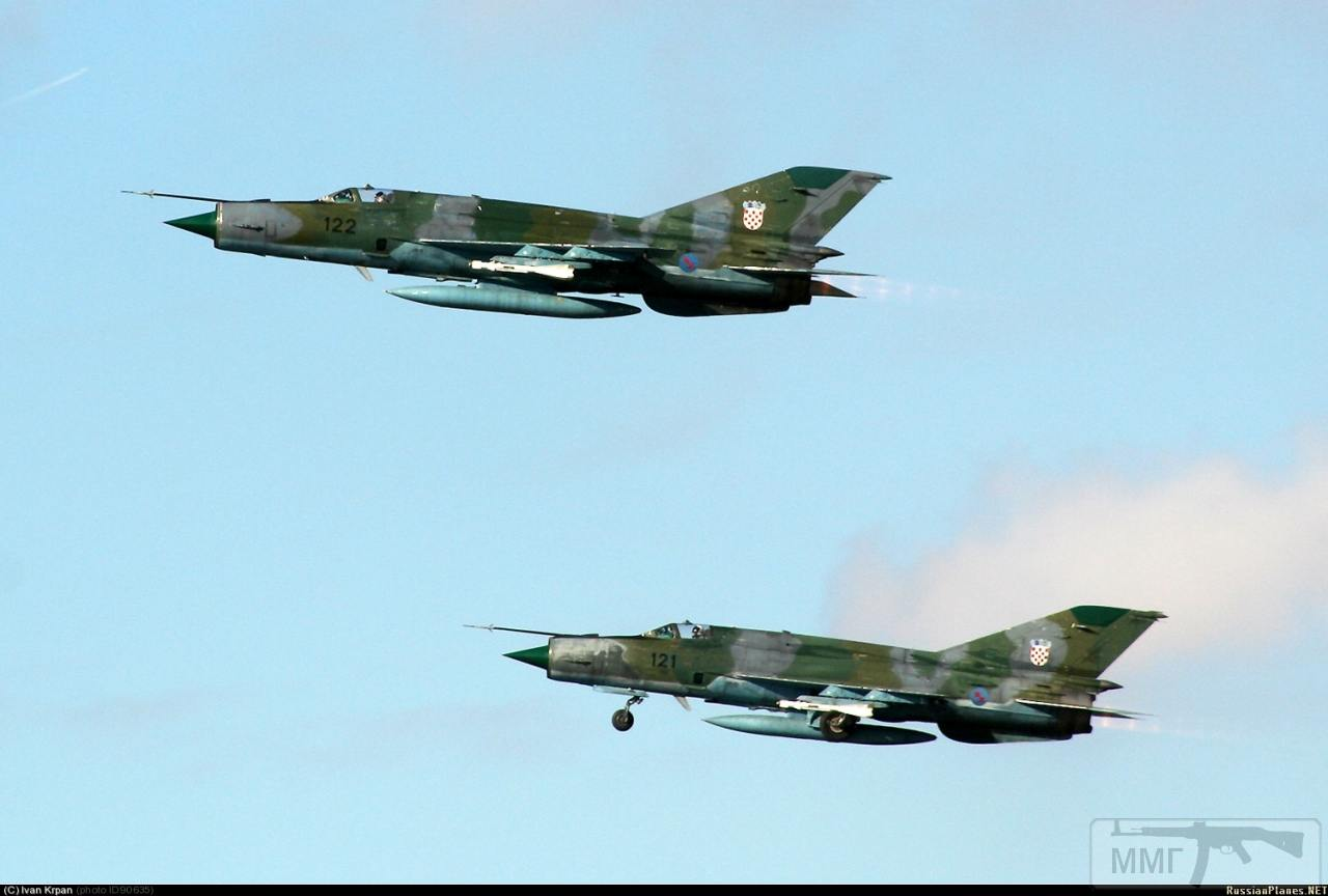 23702 - Последние МиГ-21