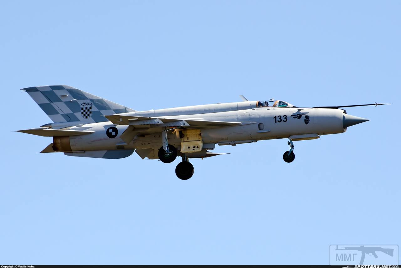 23704 - Последние МиГ-21
