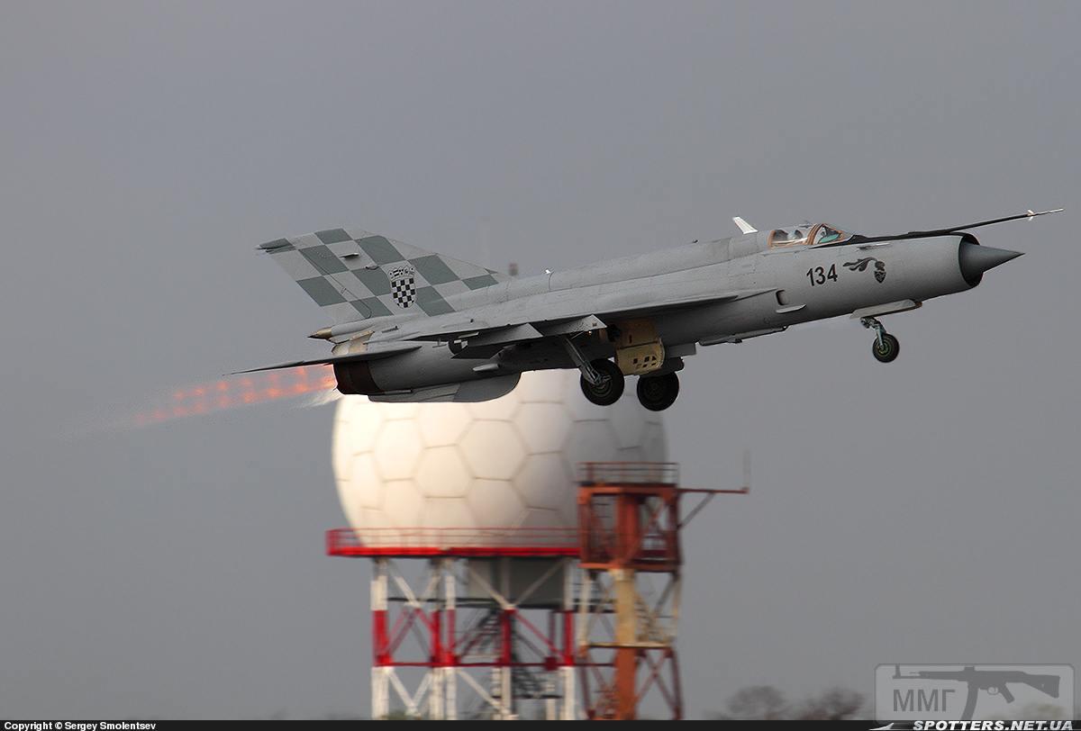 23705 - Последние МиГ-21