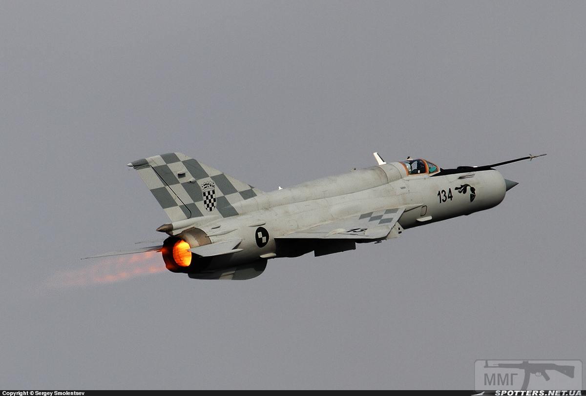 23708 - Последние МиГ-21