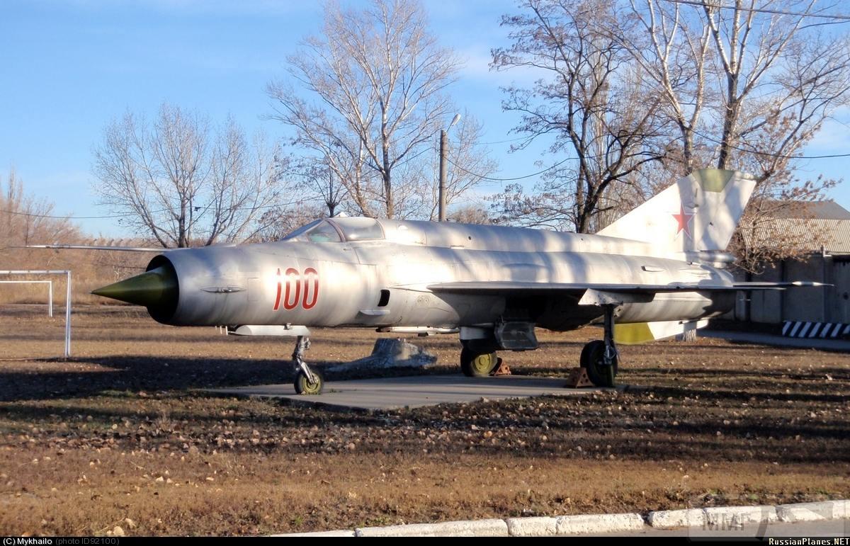 23709 - Последние МиГ-21