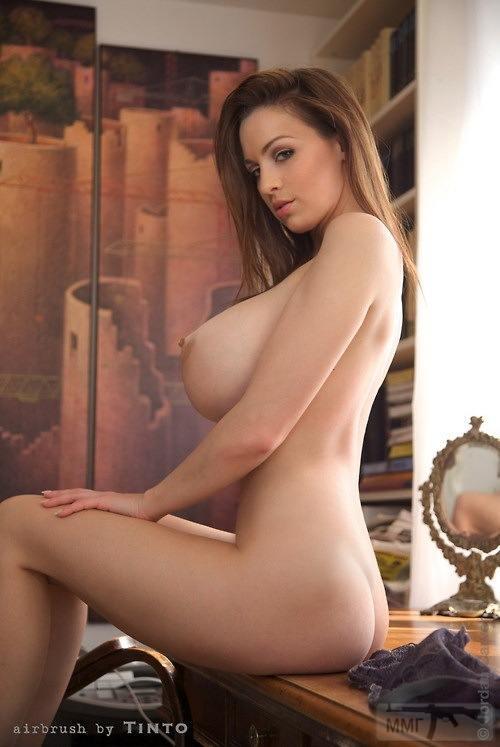 23912 - Красивые женщины