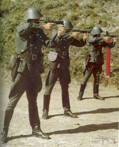 24106 - Короткий ролик - тема о ГДР