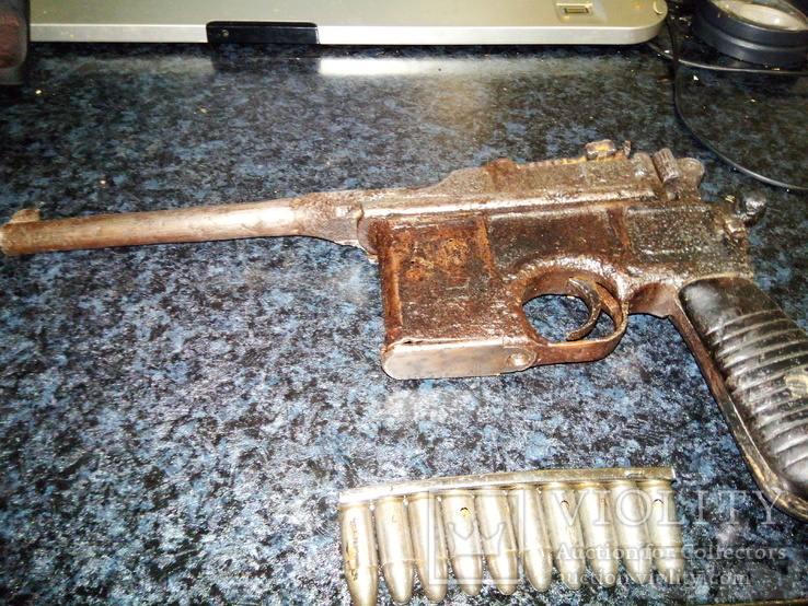 24258 - А давайте сравним пистолеты?