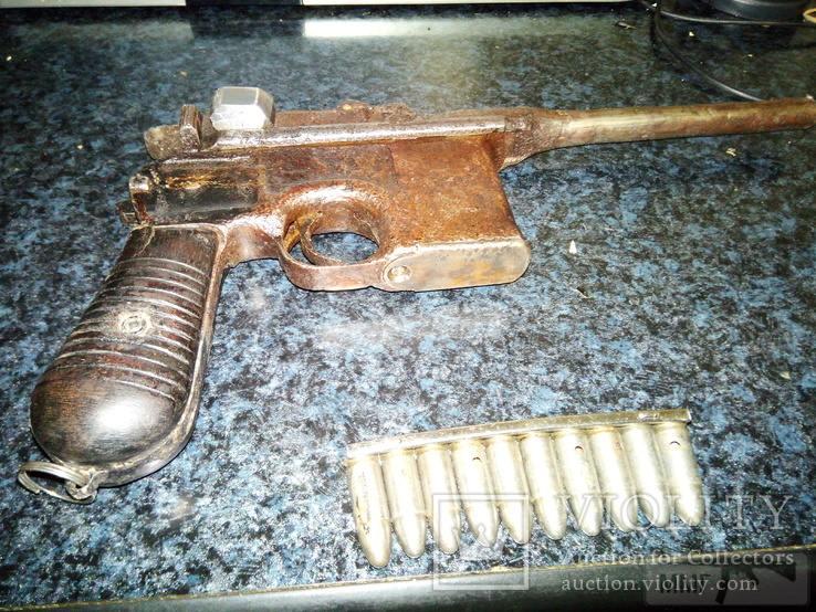 24259 - А давайте сравним пистолеты?