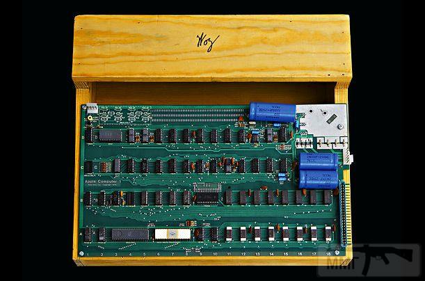 24300 - Как выбирали компьютер в 2000-м году