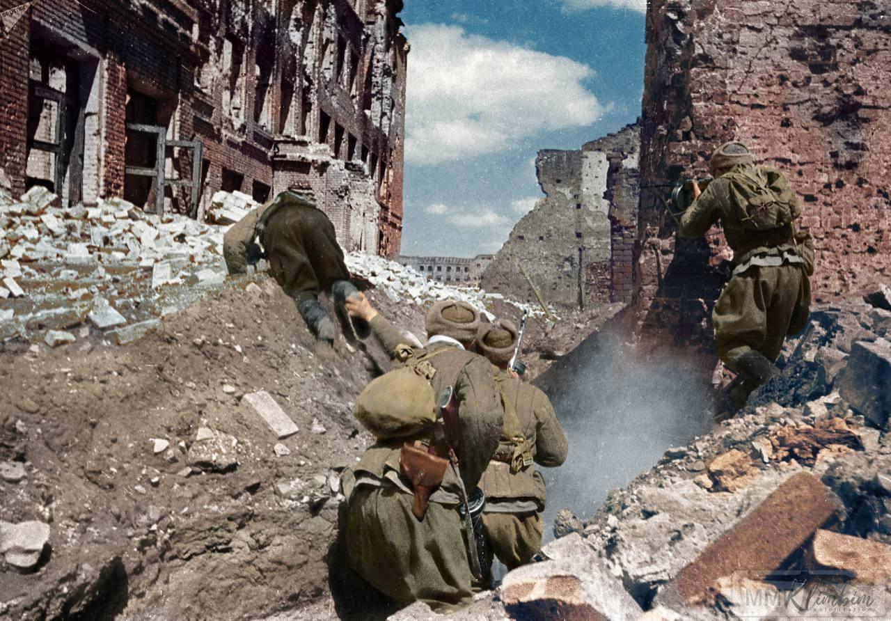 24321 - Военное фото 1941-1945 г.г. Восточный фронт.
