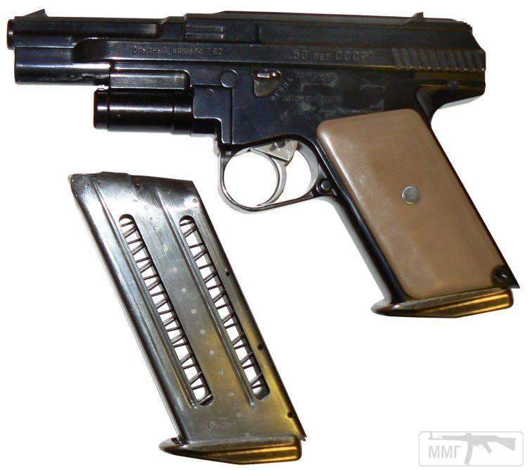 24363 - А давайте сравним пистолеты?