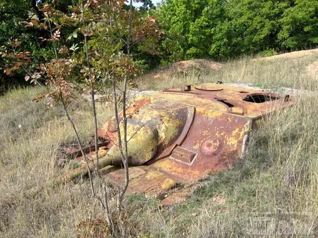 """24864 - Служба немецких """"коробочек"""" после войны..."""