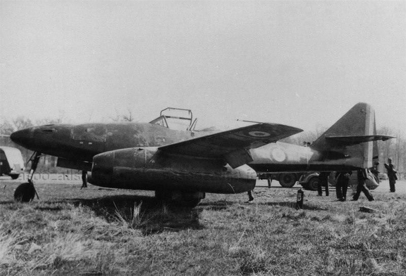 24892 - Немецкие самолеты после войны