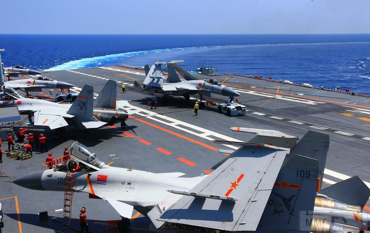 25114 - Два авианосца