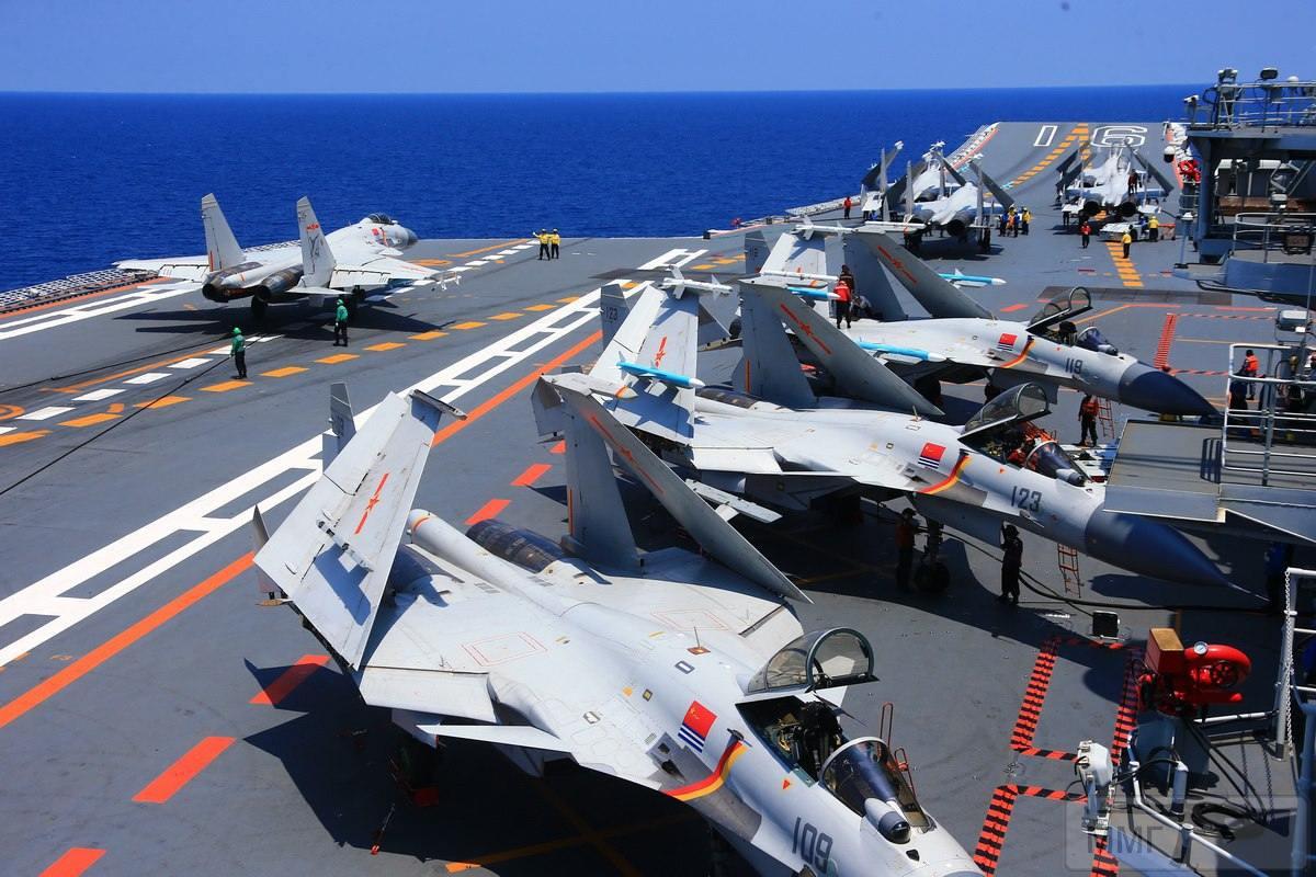 25115 - Два авианосца