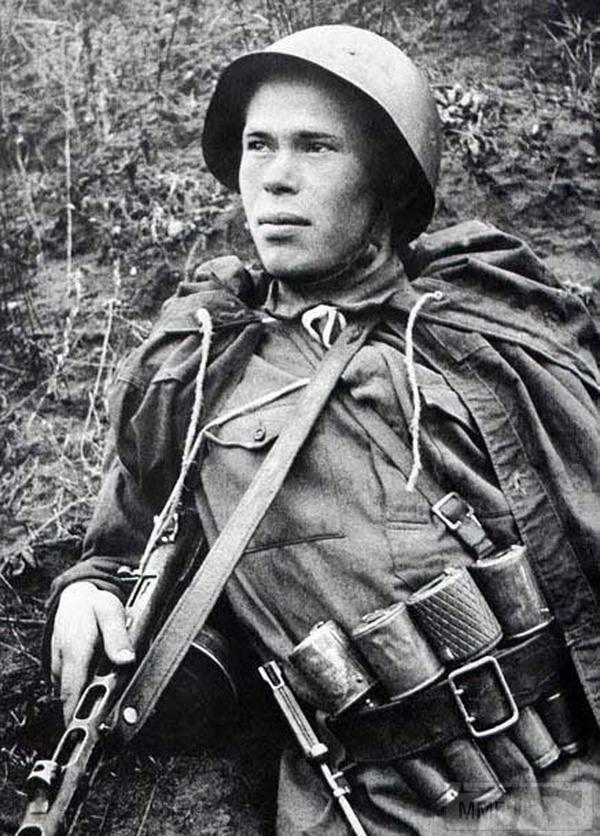 25655 - Военное фото 1941-1945 г.г. Восточный фронт.