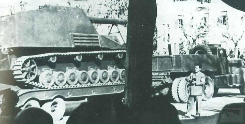 """2631 - Служба немецких """"коробочек"""" после войны..."""