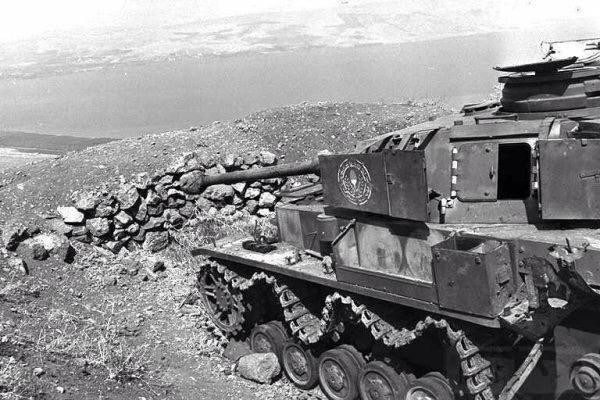 """2634 - Служба немецких """"коробочек"""" после войны..."""