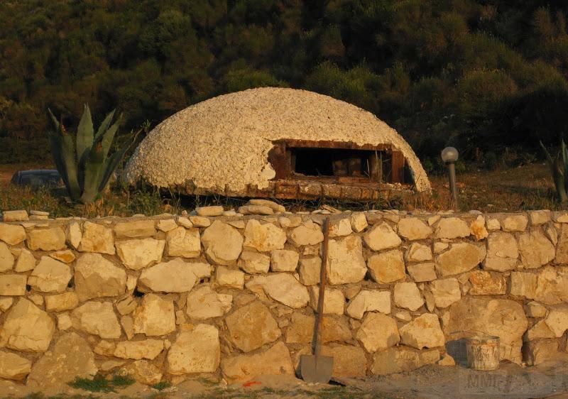 2638 - Албания и ее бункеры