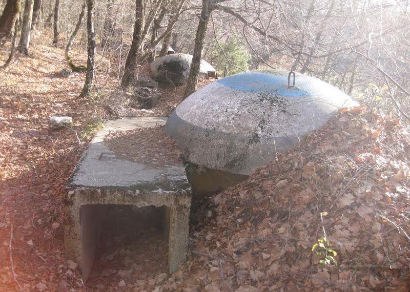 2642 - Албания и ее бункеры