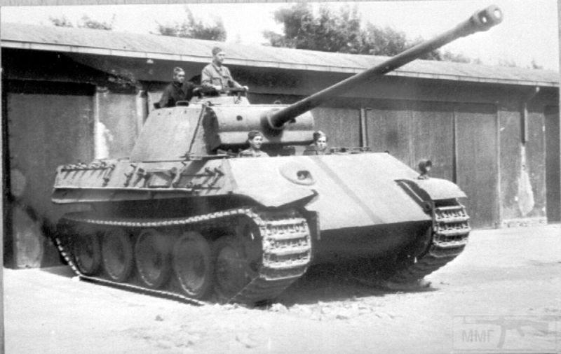 """2650 - Служба немецких """"коробочек"""" после войны..."""