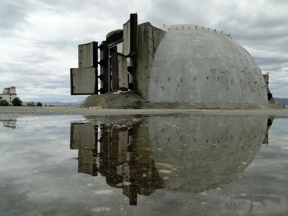 2660 - Албания и ее бункеры
