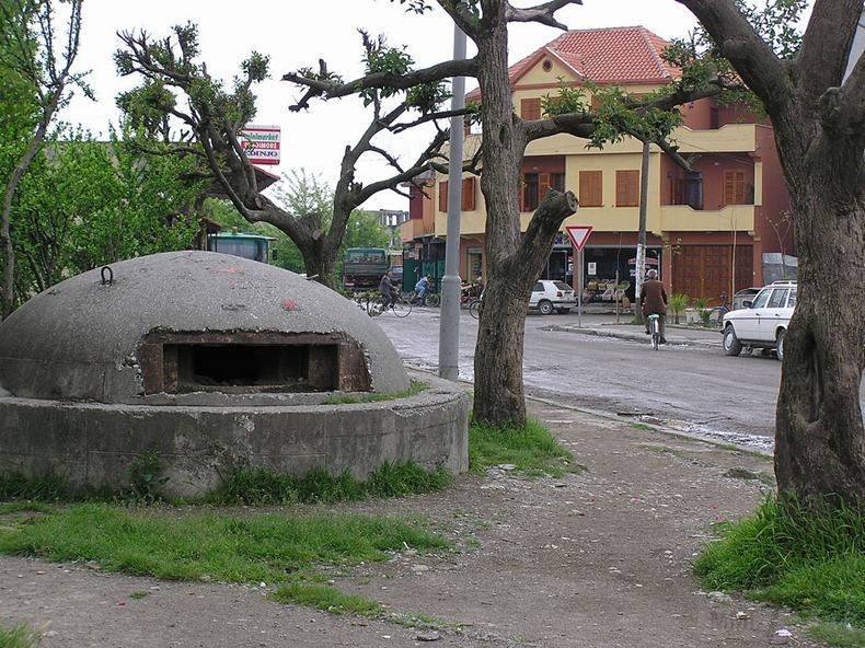 2665 - Албания и ее бункеры