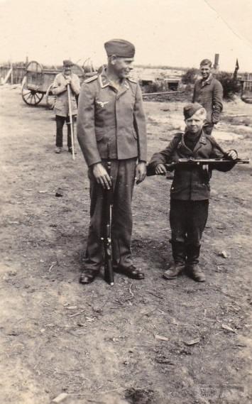 26822 - Военное фото 1941-1945 г.г. Восточный фронт.