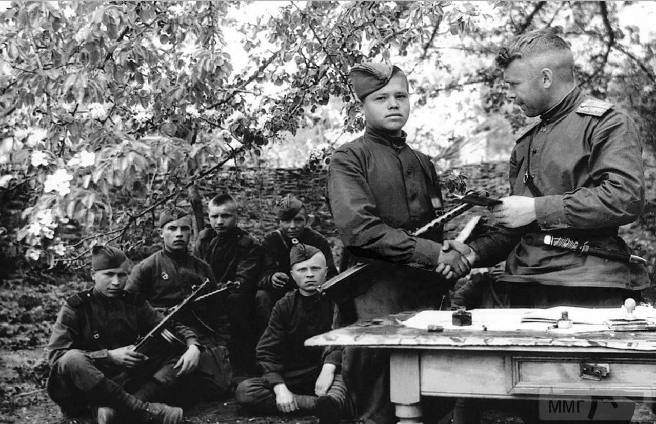 26850 - Военное фото 1941-1945 г.г. Восточный фронт.