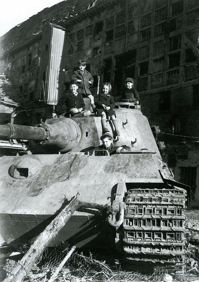 26895 - Achtung Panzer!
