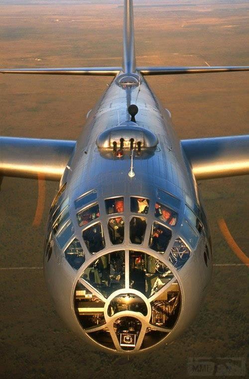 2700 - Стратегические бомбардировки Германии и Японии