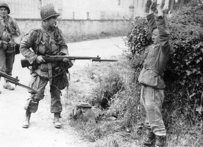 27003 - Военное фото 1939-1945 г.г. Западный фронт и Африка.