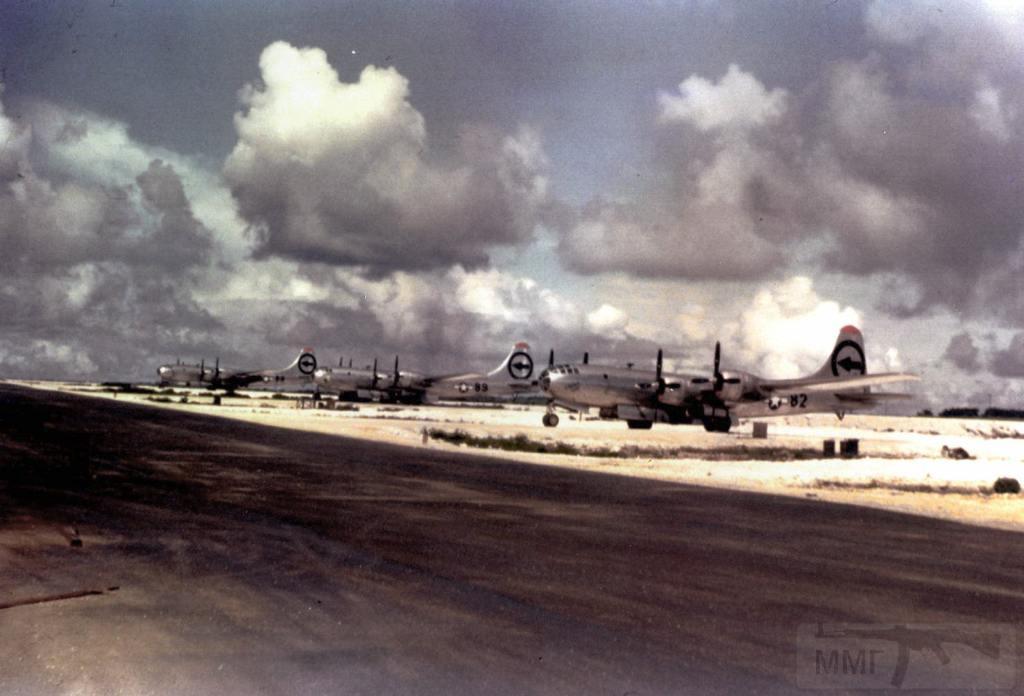 2701 - Стратегические бомбардировки Германии и Японии