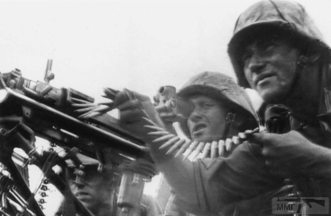 27100 - Военное фото 1941-1945 г.г. Восточный фронт.