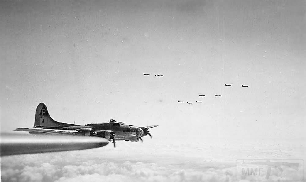 2734 - Стратегические бомбардировки Германии и Японии