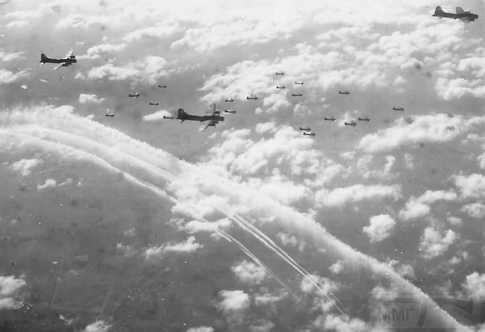 2735 - Стратегические бомбардировки Германии и Японии