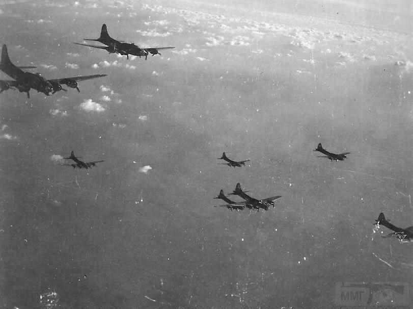 2737 - Стратегические бомбардировки Германии и Японии