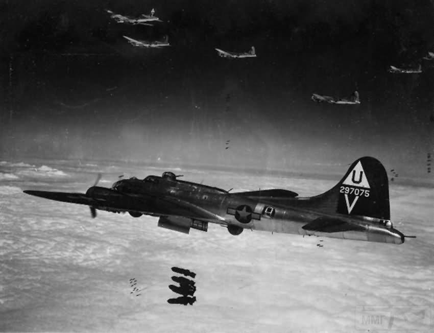 2738 - Стратегические бомбардировки Германии и Японии